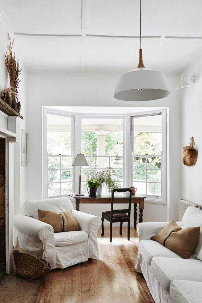 farmhouse style interior