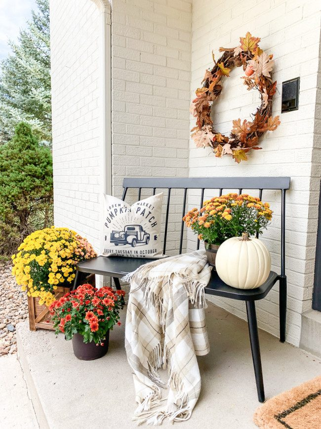 fall entrance decor