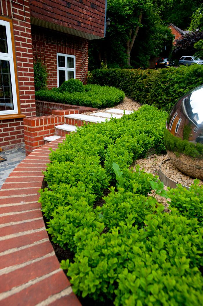 50 Best Front Garden Design Ideas in UK - Home Decor Ideas on Garden Ideas For Sloping Gardens id=25547