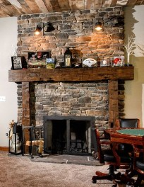 Inspiring Rustic Christmas Fireplace Ideas To Makes Your Home Warmer 51