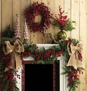 Inspiring Rustic Christmas Fireplace Ideas To Makes Your Home Warmer 61
