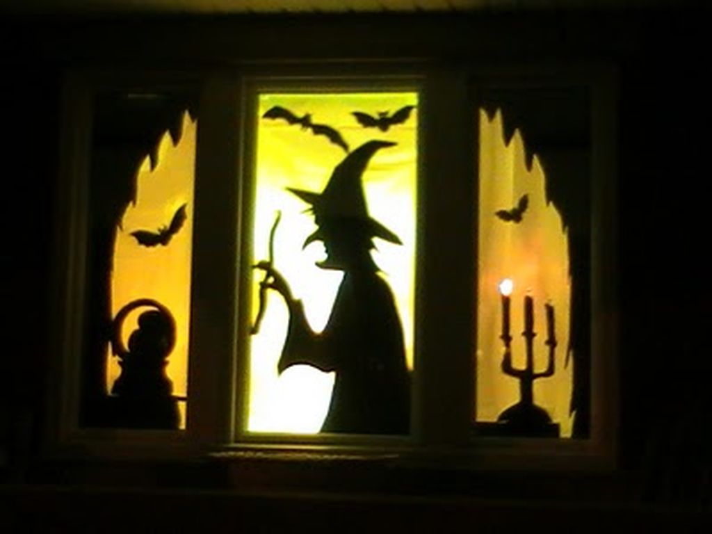 Scary But Creative DIY Halloween Window Decorations Ideas You Should Try 01