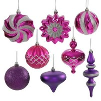 Adorable Pink And Purple Christmas Decoration Ideas 04