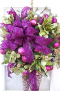 Adorable Pink And Purple Christmas Decoration Ideas 15