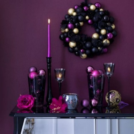 Adorable Pink And Purple Christmas Decoration Ideas 21