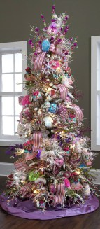 Adorable Pink And Purple Christmas Decoration Ideas 32