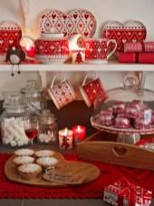 Adorable Rustic Christmas Kitchen Decoration Ideas 40