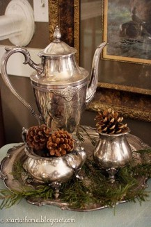 Adorable Rustic Christmas Kitchen Decoration Ideas 46
