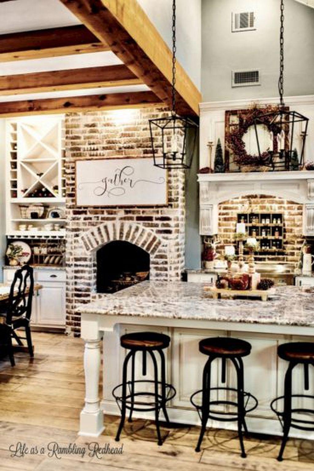 Adorable Rustic Christmas Kitchen Decoration Ideas 53