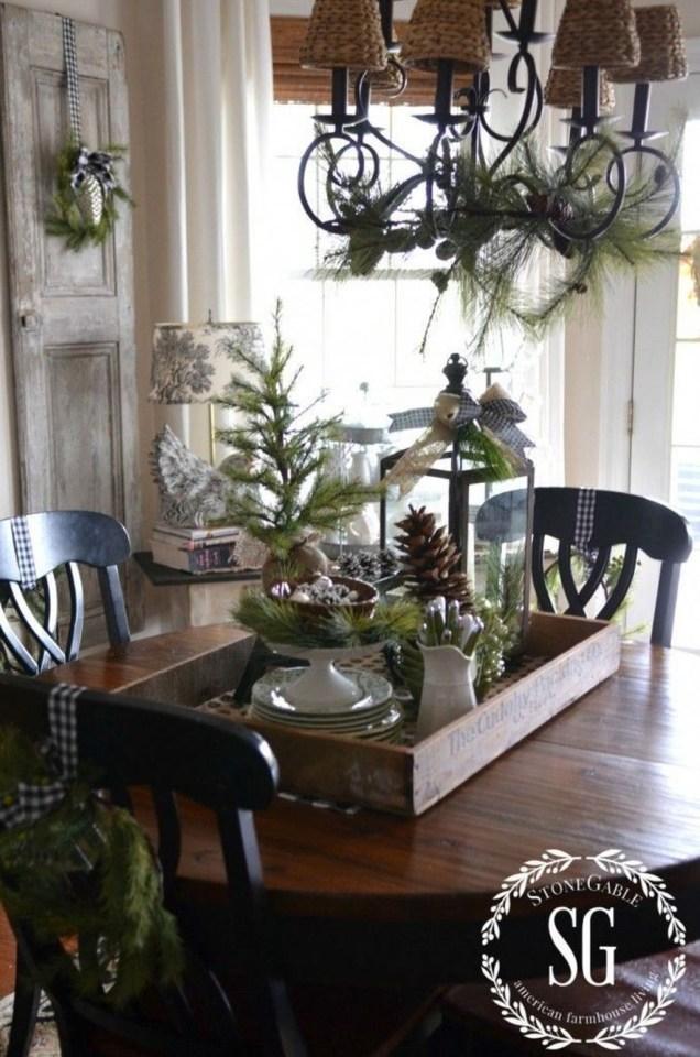 Adorable Rustic Christmas Kitchen Decoration Ideas 90