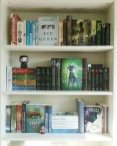 Brilliant Bookshelf Design Ideas For Small Space You Will Love 19