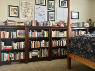 Brilliant Bookshelf Design Ideas For Small Space You Will Love 56