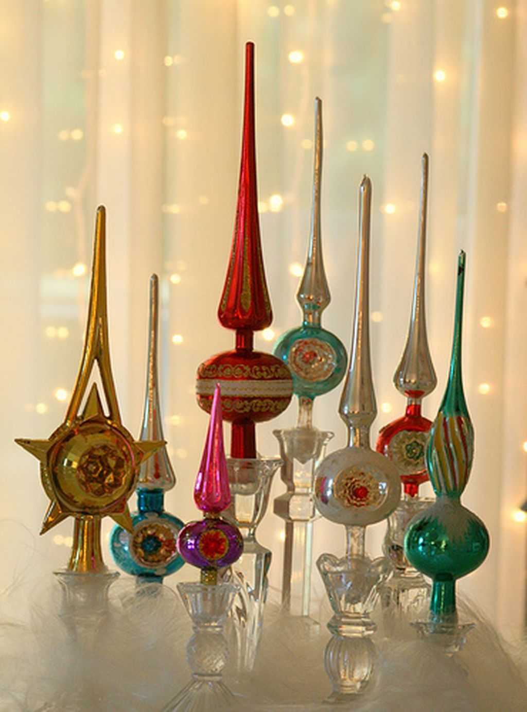 Creative DIY Christmas Candle Holders Ideas To Makes Your Room More Cheerful 57
