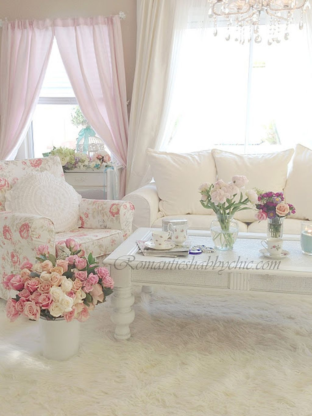 Creative DIY Shabby Chic Decoration Ideas For Your Living Room 11