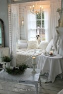 Creative DIY Shabby Chic Decoration Ideas For Your Living Room 54