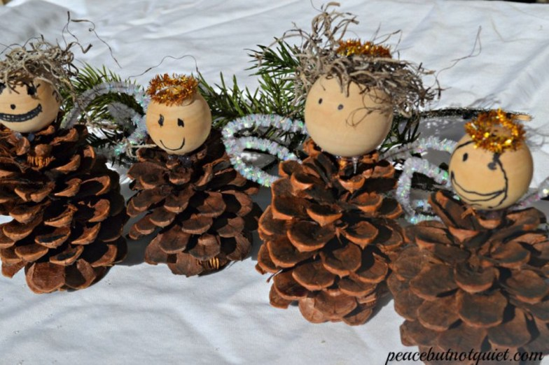 Cute Christmas Decoration Ideas Your Kids Will Totally Love 40