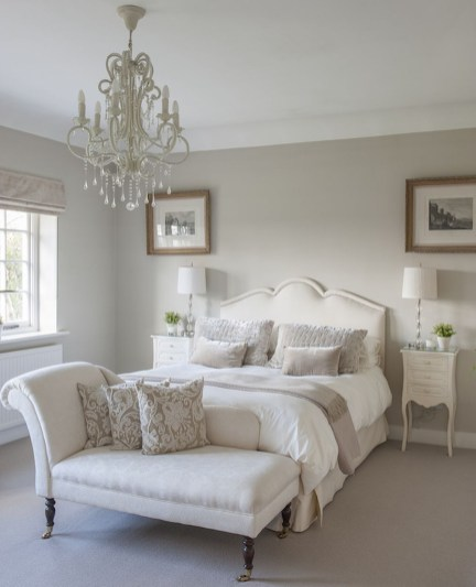 Gorgeous Vintage Master Bedroom Decoration Ideas 08