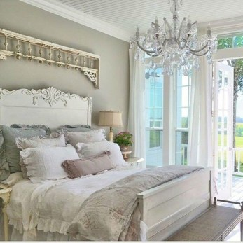 Gorgeous Vintage Master Bedroom Decoration Ideas 09
