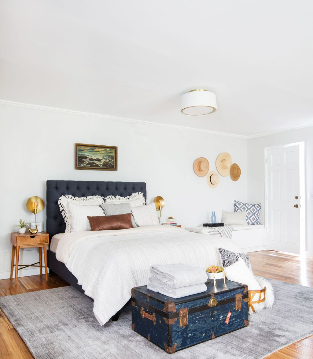 Gorgeous Vintage Master Bedroom Decoration Ideas 22