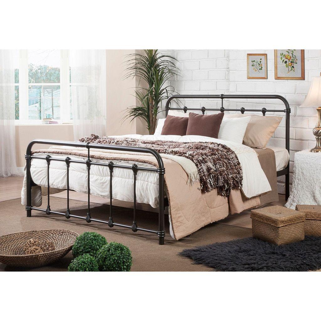 Gorgeous Vintage Master Bedroom Decoration Ideas 44