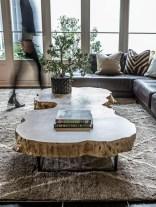Incredible Industrial Farmhouse Coffee Table Ideas 24