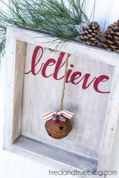 Incredible Rustic Farmhouse Christmas Decoration Ideas 18