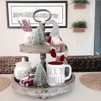 Incredible Rustic Farmhouse Christmas Decoration Ideas 34