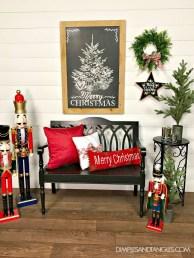 Incredible Rustic Farmhouse Christmas Decoration Ideas 46