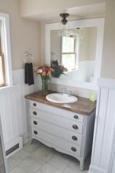 Inspiring Rustic Bathroom Vanity Remodel Ideas 23