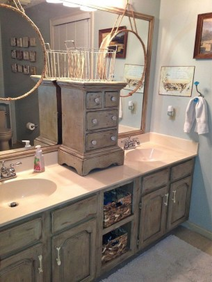Inspiring Rustic Bathroom Vanity Remodel Ideas 27