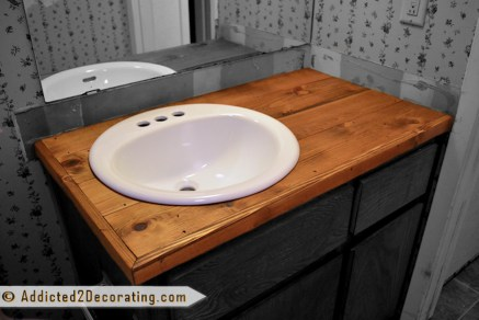 Inspiring Rustic Bathroom Vanity Remodel Ideas 32