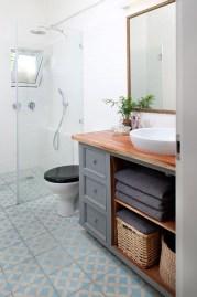 Inspiring Rustic Bathroom Vanity Remodel Ideas 40