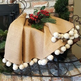 Inspiring Rustic Christmas Tree Decoration Ideas For Cheerful Day 19