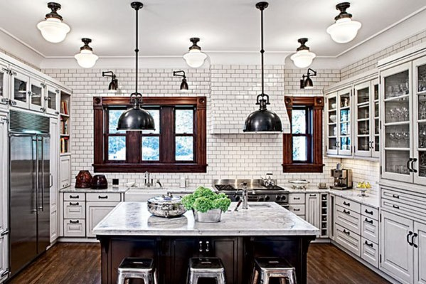 Inspiring Traditional Victorian Kitchen Remodel Ideas 21