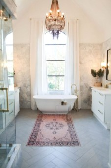 Romantic And Elegant Bathroom Design Ideas With Chandeliers 20