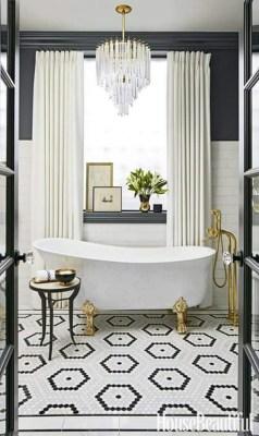 Romantic And Elegant Bathroom Design Ideas With Chandeliers 63