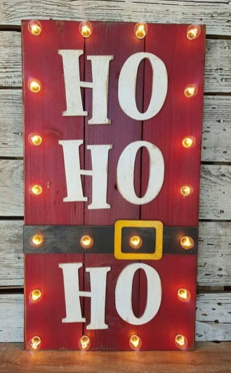 Simple But Beautiful Front Door Christmas Decoration Ideas 54