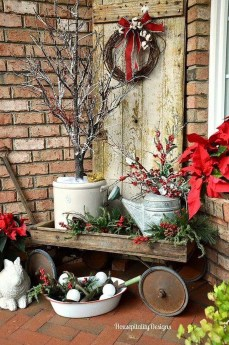 Totally Inspiring Christmas Porch Decoration Ideas 71