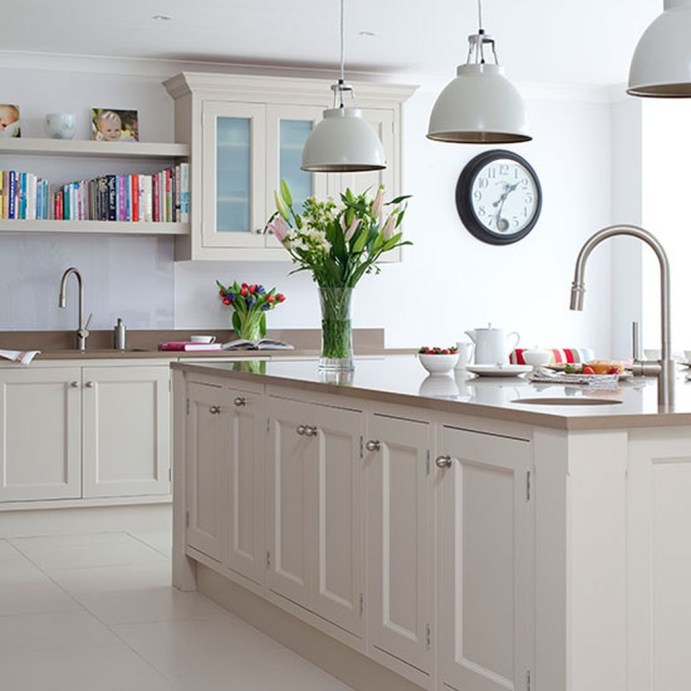 Totally Outstanding Traditional Kitchen Decoration Ideas 42