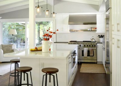 Totally Outstanding Traditional Kitchen Decoration Ideas 45