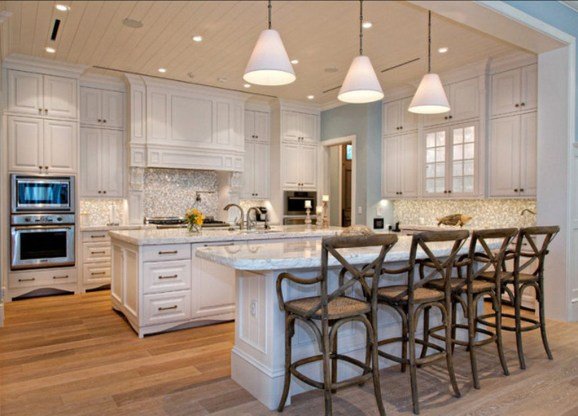 Totally Outstanding Traditional Kitchen Decoration Ideas 56