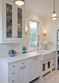Totally Outstanding Traditional Kitchen Decoration Ideas 81