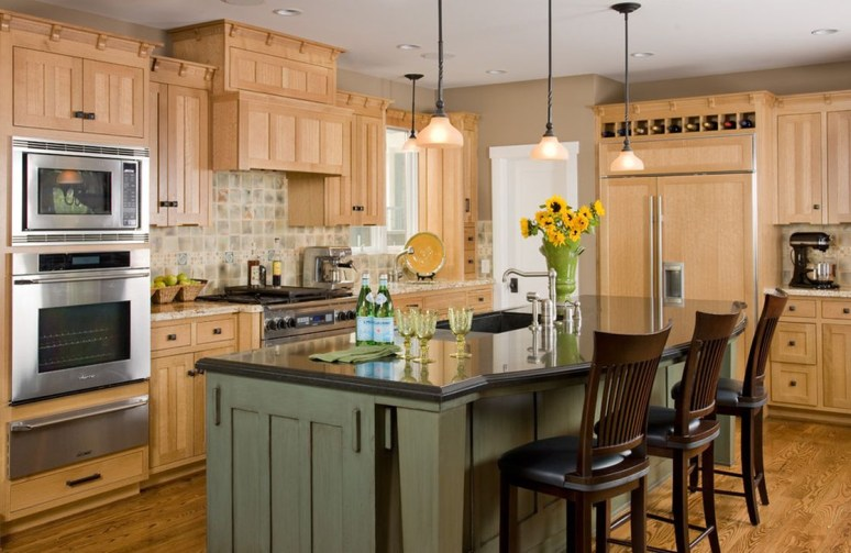 Totally Outstanding Traditional Kitchen Decoration Ideas 82