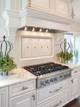 Totally Outstanding Traditional Kitchen Decoration Ideas 87