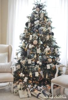 Unique And Unusual Black Christmas Tree Decoration Ideas 31