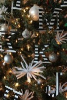 Unique And Unusual Black Christmas Tree Decoration Ideas 42