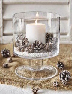 36 Brilliant Ideas How To Use Pinecone For Indoor Christmas Decoration 03