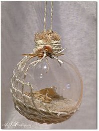 37 Relaxed Beach Themed Christmas Decoration Ideas 28