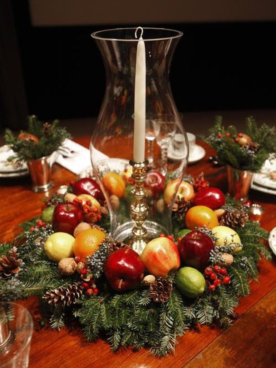 37 Totally Adorable Traditional Christmas Decoration Ideas 22