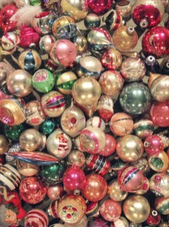37 Totally Beautiful Vintage Christmas Tree Decoration Ideas 16